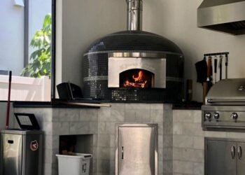 Forno Nardona Napoli Model wood fired pizza oven installed at a Davis Island home in Tampa, Florida.